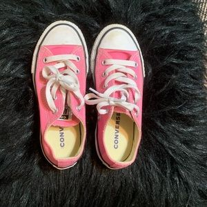 Pink kids converse